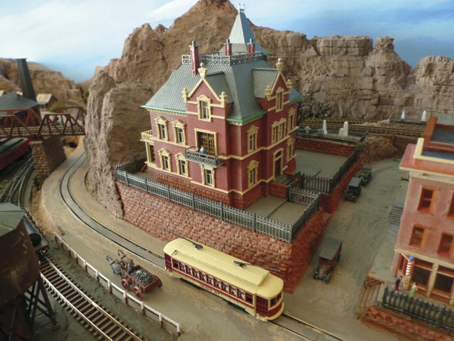 Designing and Building a Portable N Scale Layout by Richard Francaviglia